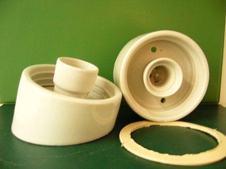 Porcelán alj tömítőgyűrűvel